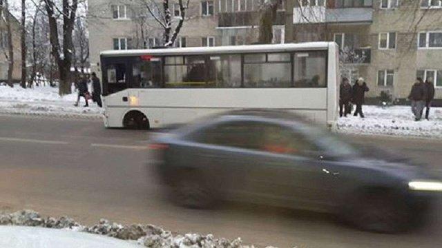 У львівської маршрутки на ходу відпало колесо