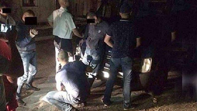 За зберігання наркотиків патрульного інспектора Львова оштрафували на ₴1700