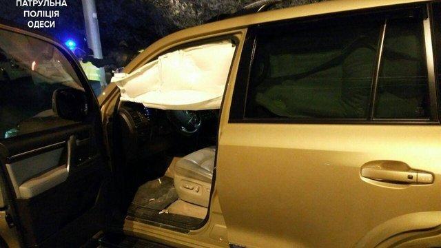 В Одесі неадекватний водій утікав від поліції без шини на колесі