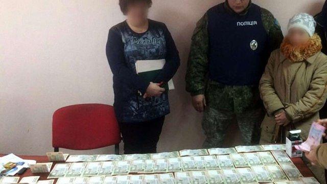 Правоохоронці викрили корупційну схему співробітників ДФС на Донеччині