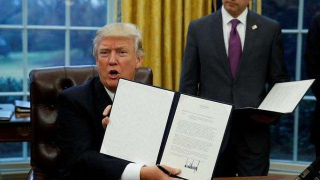 Дональд Трамп підписав указ про вихід США з угоди про Транстихоокеанське партнерство