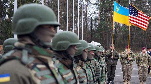Делегація НАТО прибула в Україну, щоб залучити її до процессу оборонного планування