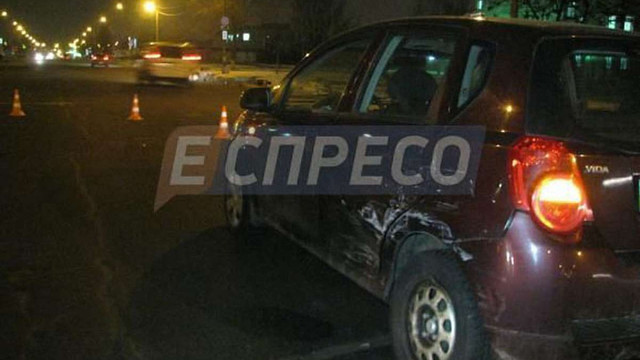 П'яний водій у Києві наїхав на людей, які реєстрували ДТП з поліцією