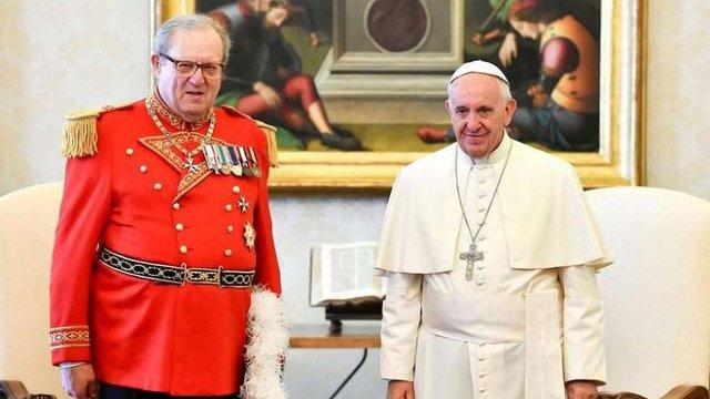 Магістр Мальтійського ордену залишив посаду через конфлікт з Папою Римським