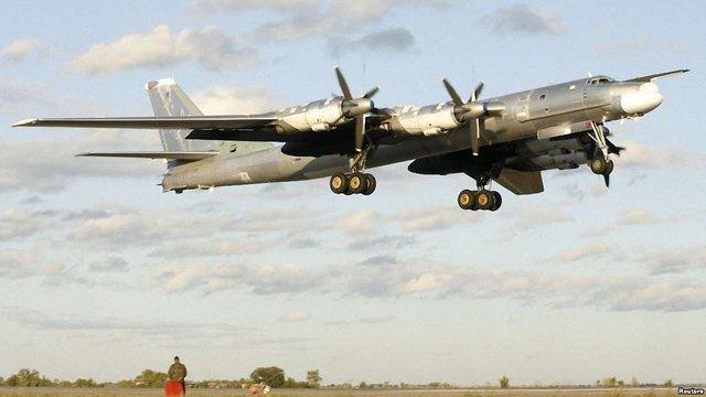 Японія перехопила три літаки РФ біля своєї території