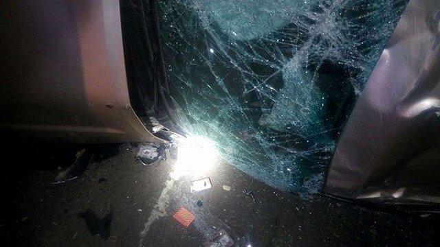 У Львові перекинувся позашляховик: двоє осіб постраждали