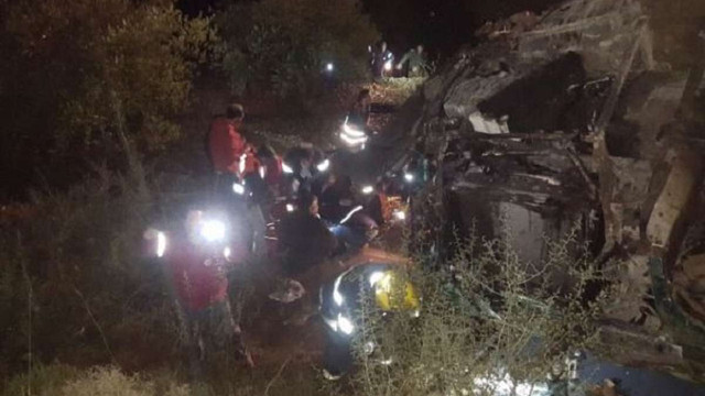 В Ізраїлі пасажирський автобус зірвався в яр з 70-метрової висоти, є загиблі