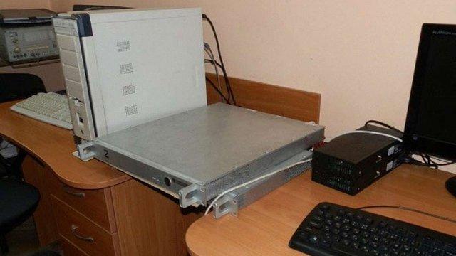 У Львові СБУ викрила підприємців, які продавали комплекс моніторингу супутникового зв'язку