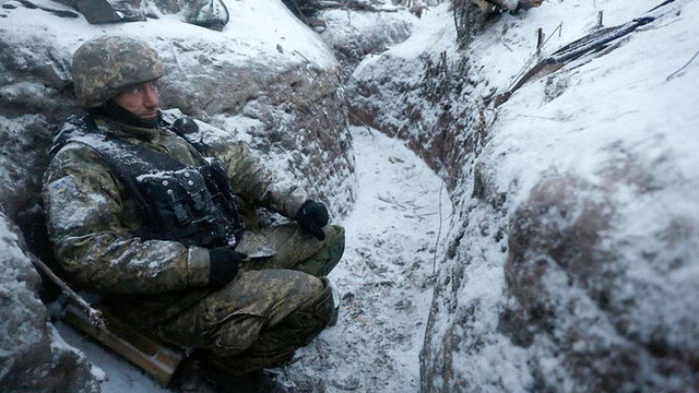Бойовики пішли у наступ біля Авдіївської промзони: троє українських військових загинули