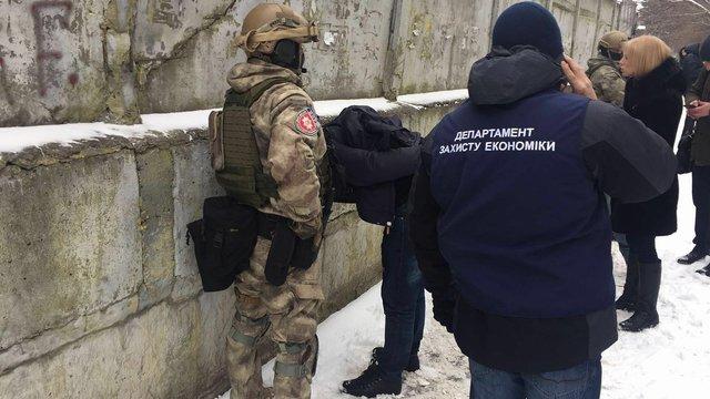 Суд заарештував керівників «Чорнобильського спецкомбінату», затриманих на хабарі