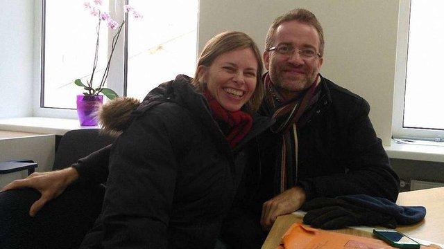 Подружжя з Австралії безкоштовно викладатиме у Львові англійську для учасників АТО