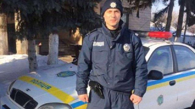 На Чернігівщині поліцейський затримав злочинця, пробігши за ним 5 кілометрів босоніж по снігу