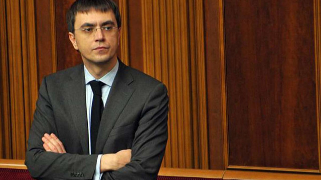 Міністр інфраструктури звинуватив Дубневичів у відмиванні вкрадених коштів «Укрзалізниці»