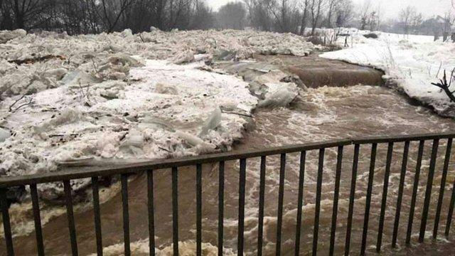 Рятувальники попередили про початок повені у західних областях України