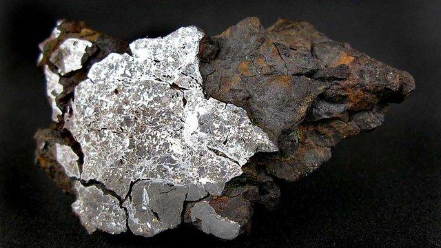 Вчені розпочали пошук доісторичних металевих метеоритів в Антарктиді