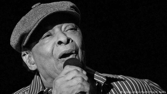 Помер знаменитий джазовий співак Ел Джерро
