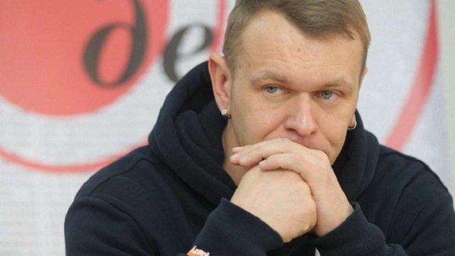 У Львові обікрали автомобіль лідера гурту «Тартак». Напередодні інциденту  Положинський ... 73c98b3955f00