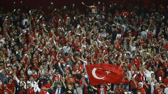 Туреччина хоче прийняти чемпіонат Європи з футболу у 2024 році