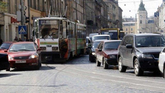 На вул. Городоцькій у Львові облаштують смугу громадського транспорту