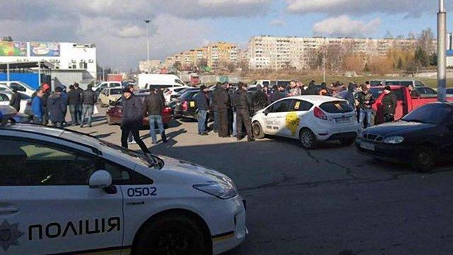 Львівські активісти поставили ультиматум «Яндекс.Таксі»