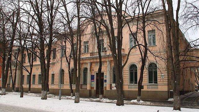 У Києві вночі підпалили двері Інституту національної пам'яті