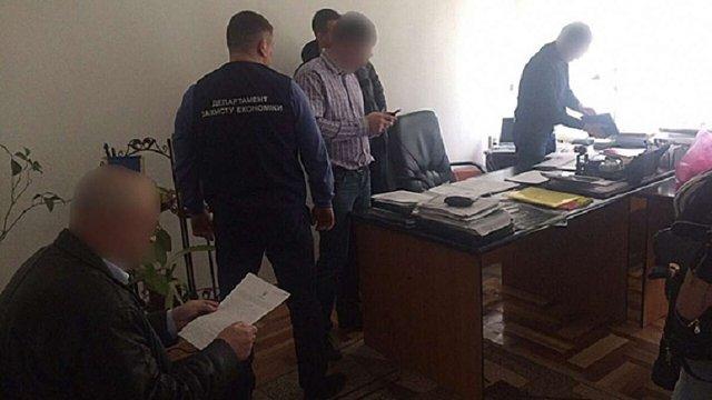 На Львівщині  на хабарі затримали  головного лікаря районної лікарні