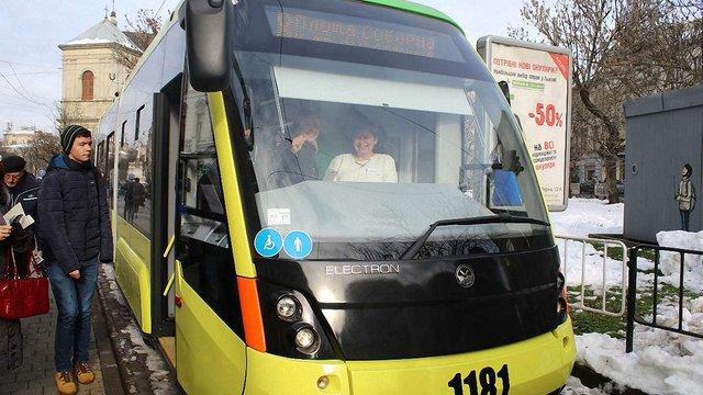 Міська рада Львова планує продовжити маршрут трамвая №8 до вокзалу