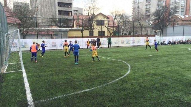 На майданчику у Шевченківському районі Львова працюватиме безкоштовна секція з футболу