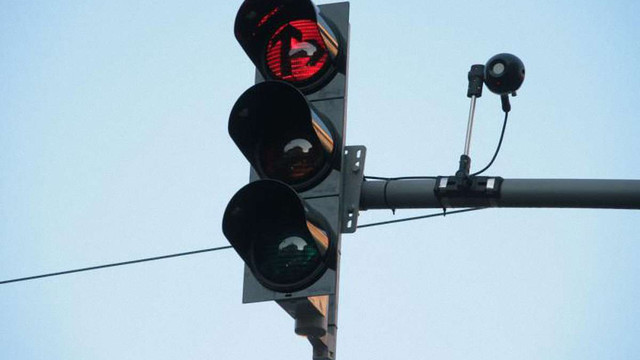 На світлофорах Львівської області встановлять камери для автоматичної фіксації порушень