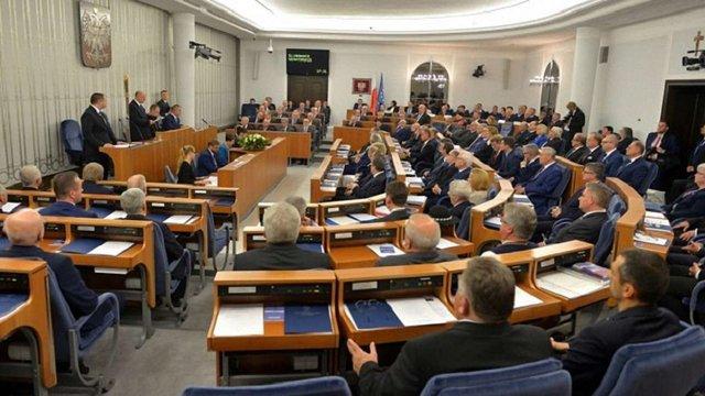 Сенат Польщі відхилив скандальний законопроект проти «українського націоналізму»