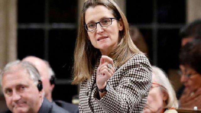 Голова МЗС Канади заявила, що Росія поширює дезінформацію про її діда-українця