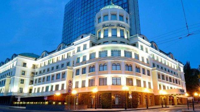 Ринат Ахметов втратив контроль над своїми готелями в Донецьку