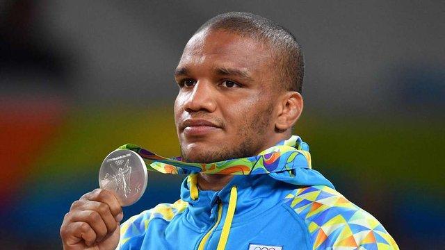 Український призер Олімпійських ігор відшукав в Африці сестру
