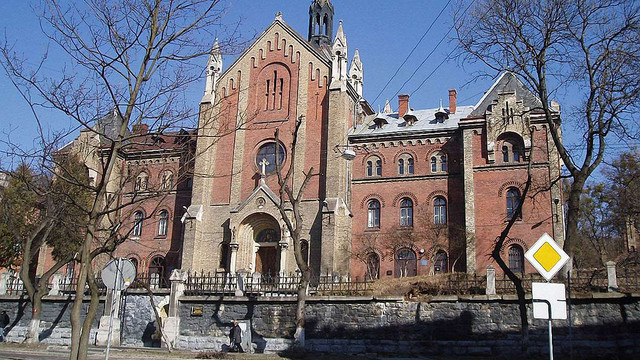 У Львові відремонтують аварійну підпірну стіну церкви Івана Золотоустого
