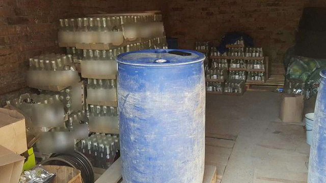 На Волині податківці ліквідували цех із виробництва фальсифікованого алкоголю