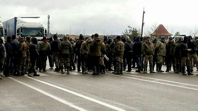 Копачі бурштину розблокували автодорогу в Рівненській області, яку перекривали від ранку