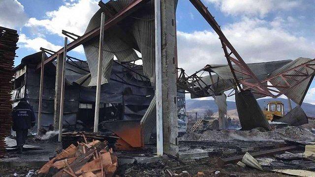У партії Саакашвілі заявили про підпал підприємства свого активіста на Закарпатті