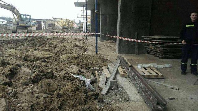 На будмайданчику у Львові виявили протитанкову міну