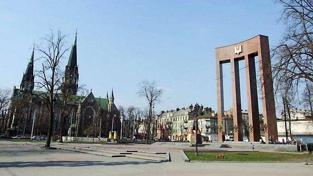 У Львові реконструюють площу Кропивницького