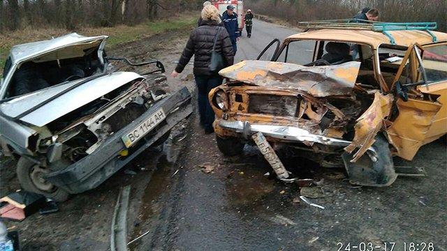 Внаслідок ДТП неподалік Львова загинули обидва водії
