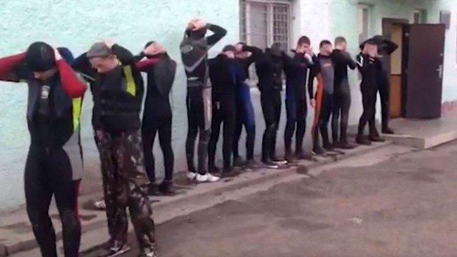 На кордоні з Румунією затримали 14 контрабандистів у гідрокостюмах