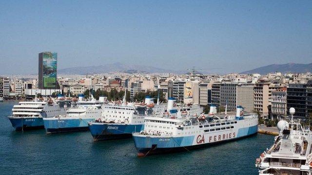 Україна та Греція планують запустити пороми між портами країн