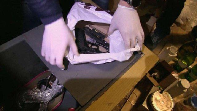 На Сумщині поліція затримала угруповання, яке виготовляло та поширювало наркотики