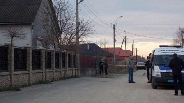 На Закарпатті невідомі обстріляли приватний будинок