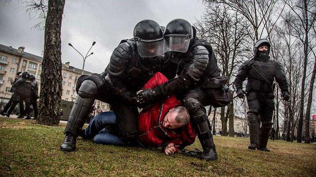 МЗС України підтвердило факт затримання ще одного українця у Мінську