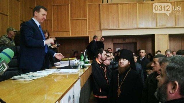 В Ужгороді через земельну ділянку побилися парафіяни УАПЦ та УПЦ (МП)
