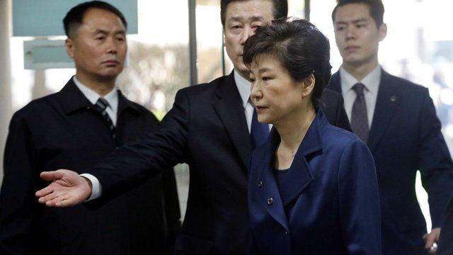 У Південній Кореї заарештували екс-президента Пак Кин Хє