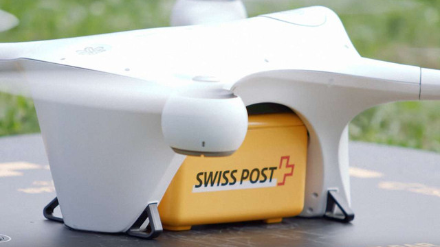 У лікарнях Швейцарії вчаться керувати дронами для транспортування лабораторних аналізів