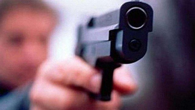 У Любомлі злочинці застрелили чоловіка, ще двох поранено