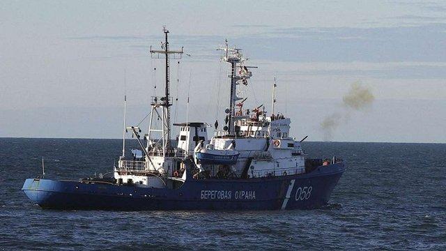 В акваторії Криму ФСБ затримала українське рибальське судно